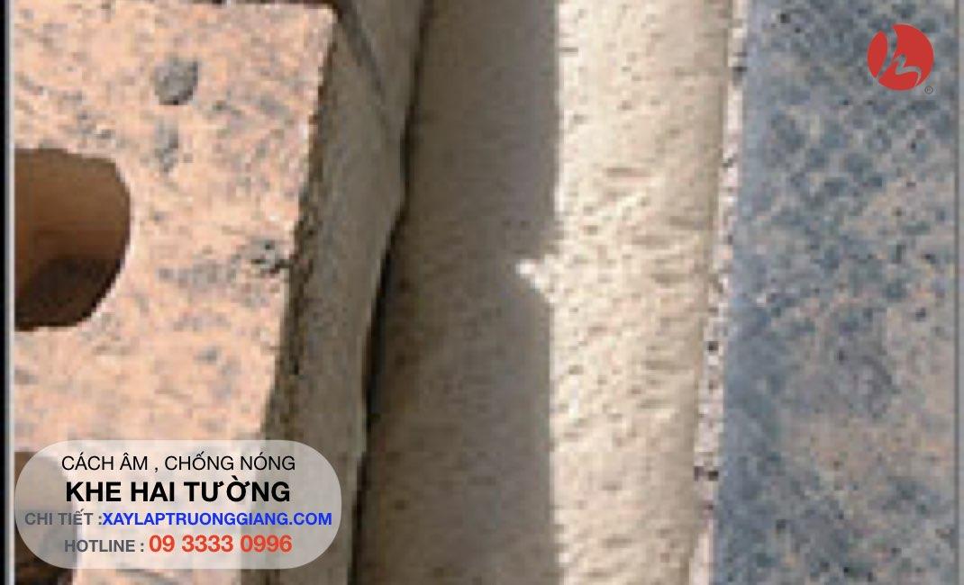 Chống nóng , cách nhiệt cho tường xây gạch - Bơm foam giữa hai lớp tường độc lập